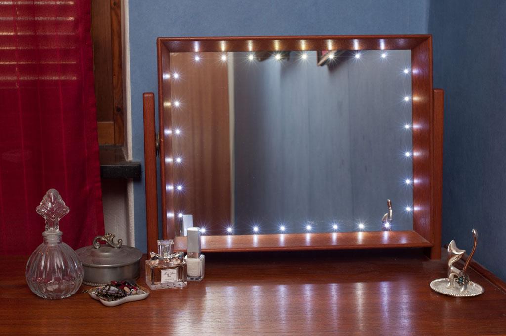 sminkbord med belysning